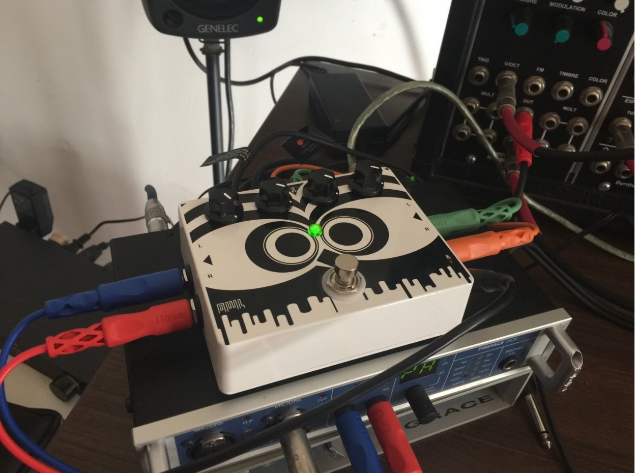 Article Review Getting To Know The Owl Pedal Cycling 74 Stomp Box Switch Wiring Diagram Is A 2 In Out Hardware Fx Stompbox Style With An On Off Foot 4 Dials For Controlling Parameters And Expression